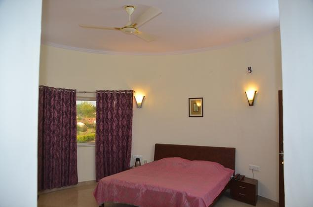 Country Yard Resort (30 kms from Mount Abu)