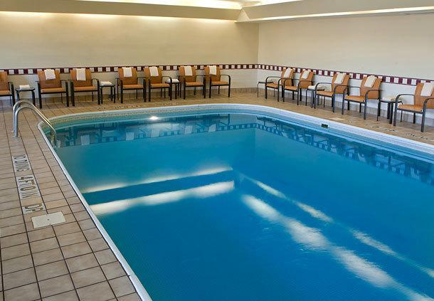 Courtyard by Marriott Champaign - Champaign