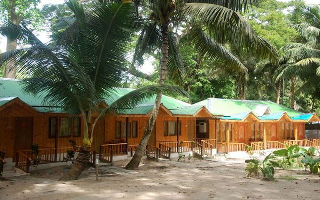 gold star beach resort havelock island book 2200 night. Black Bedroom Furniture Sets. Home Design Ideas