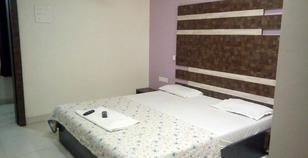 hotel_golden_dream_standard_ac_room___21__room